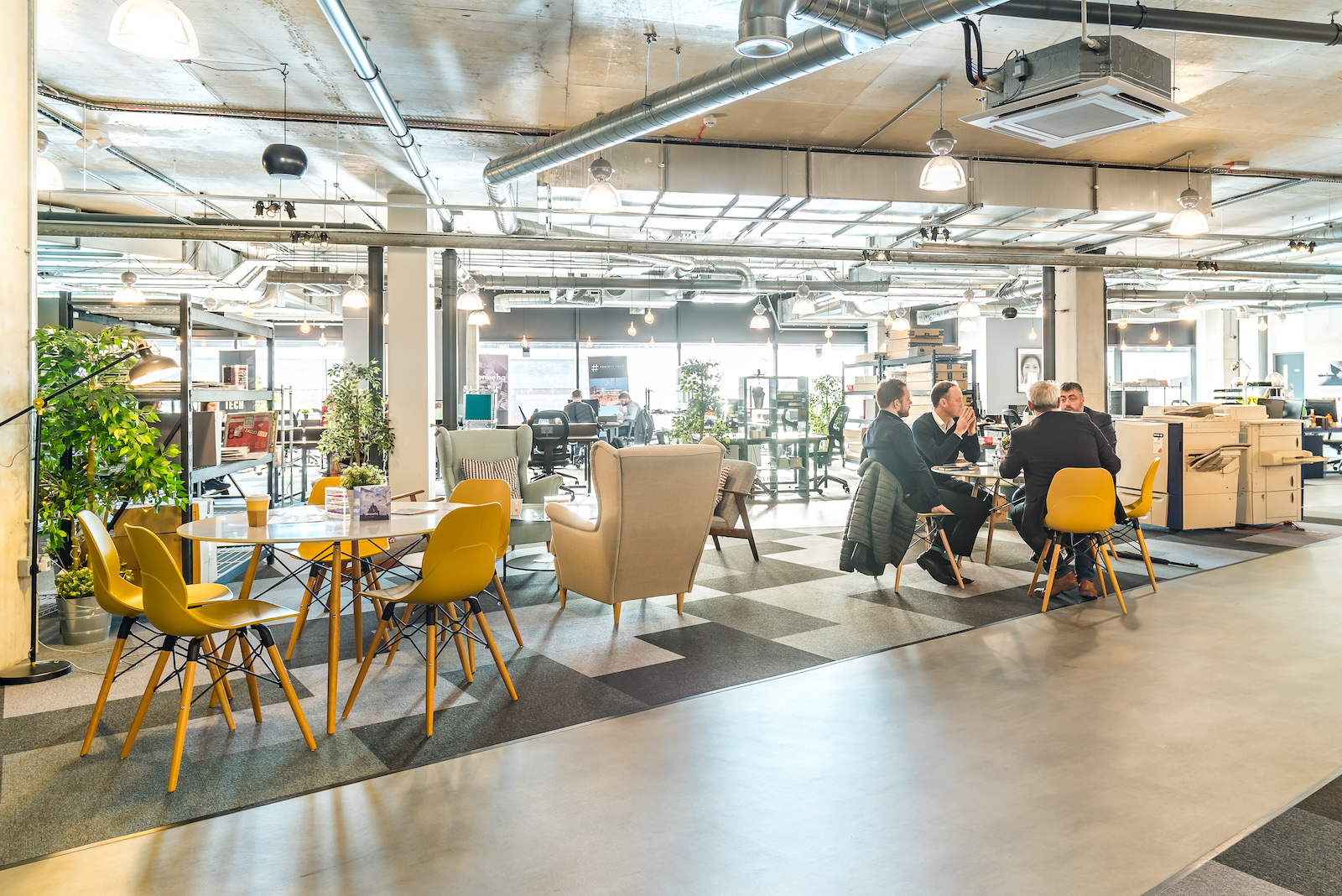 Can Office Design Reduce Stress and Increase Productivity?